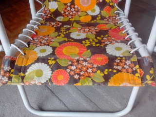 vends chaise relax tissu vintage 499638IMG20130928140223