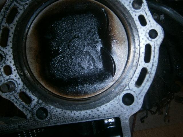 démontage complet du moteur  - Page 2 500446P8310037