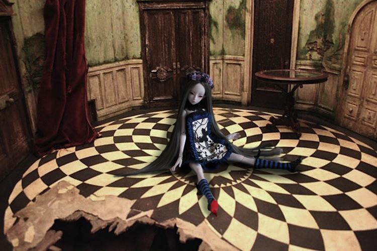 Nymeria (Sixtine Dark Tales Dolls) nouveau make-up p8 - Page 4 500653Alicedanslasallelaporte