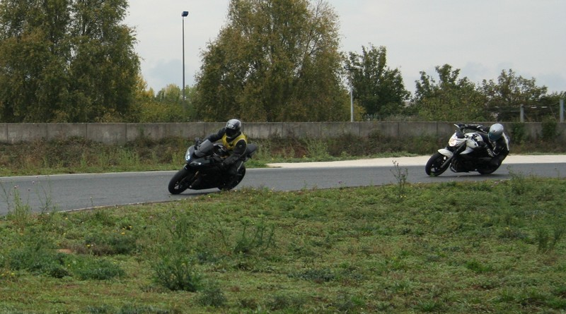 position sur la moto 5021185102