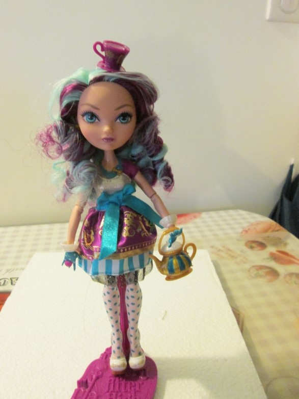 Le monde merveilleux de mes Ever After High 5040983c3c078df6e270bb7efa89139eb48565