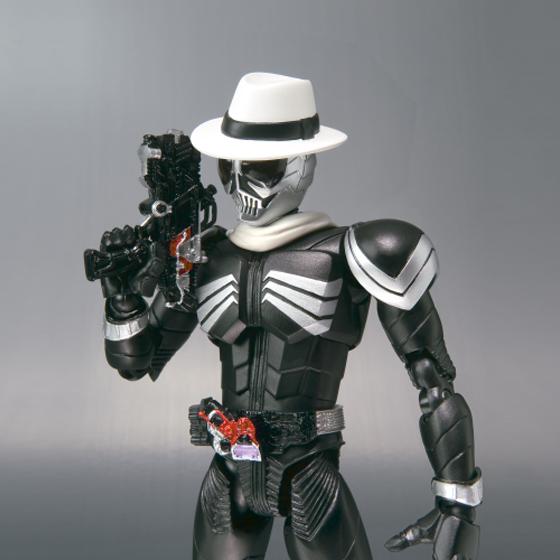 [Figurine] Figuarts - Kamen Rider Skull MG Figure-Rise  504204KamenRiderSkull03