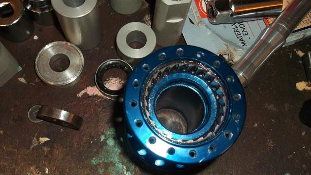 Remontage roulements Hope Pro Evo 2 AR 504828DSCF1186