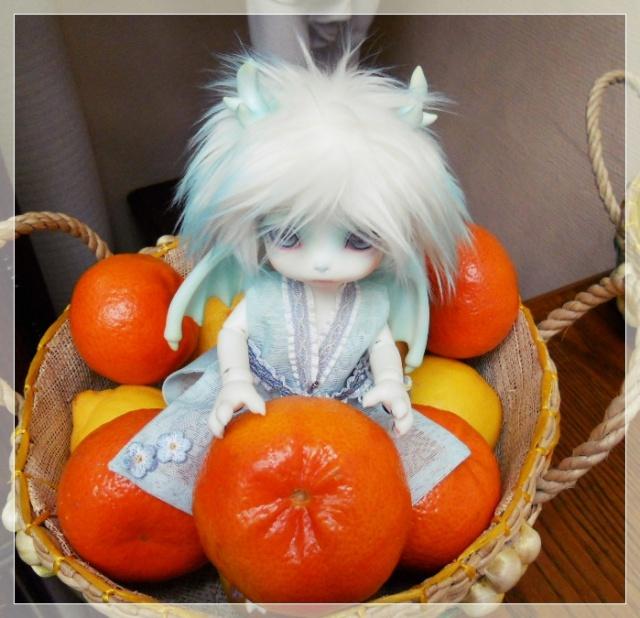 Nouvelles dolls : DimAria, LTF Ante et Lishe :) 509930Fruit2