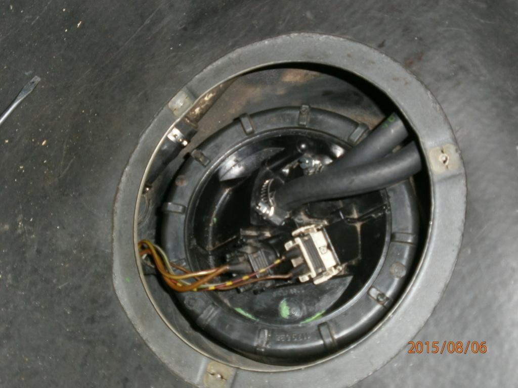 panne d'arrivée d'essence [résolu]  chauffe moteur la cata - Page 2 510346P8060130