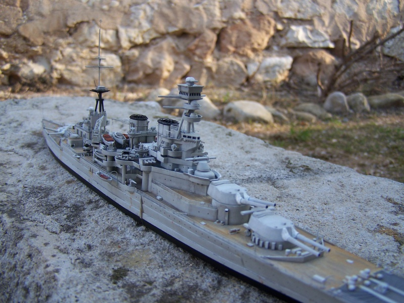 Hms Repulse conversion airfix 1/600 - Page 4 510695HmsRepulse041