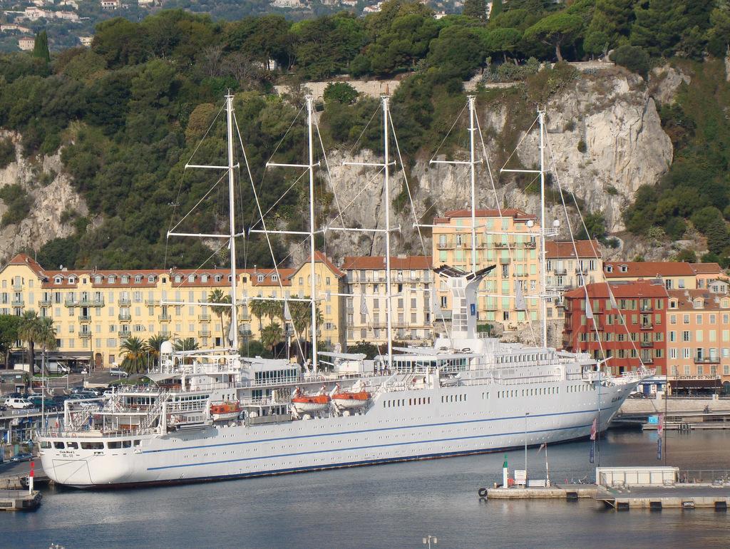 [Vie des ports] Le Port de Nice - Page 2 511693DSC03209