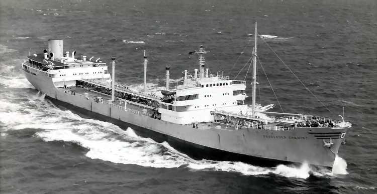 SOUS MARIN NUCLEAIRE D'ATTAQUE HMS DREADNOUGHT 512204Essberger_Chemist