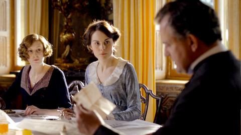 Downton Abbey - Page 4 5193351x0175