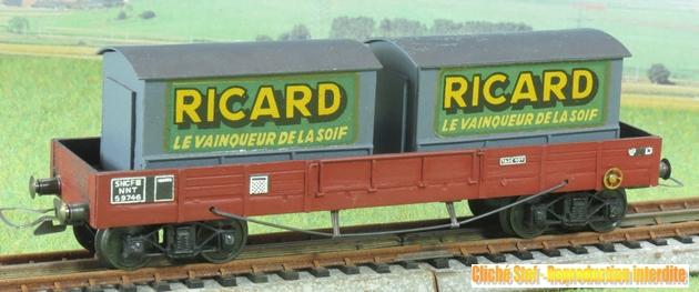 Wagons plats à bogies maquette et semi maquette chargés 519740VBmaquetteplatTPUScontainersRicardgrisIMG3203