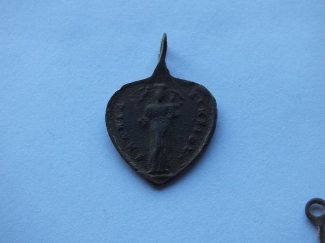 Médaille Notre-Dame d' Einsiedeln / St-Meinrad 529271DSCF4689