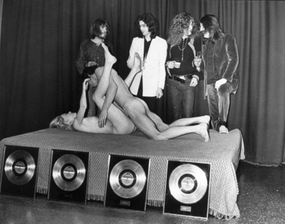Pictures at eleven - Led Zeppelin en photos 529337Ledzep10