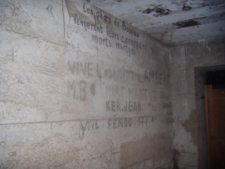 [ Histoires et histoire ] Fortifications et ouvrages du mur de l'Atlantique - Page 8 530756DSCN760820141015211835
