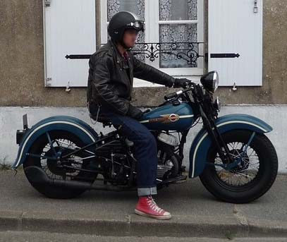 Les vieilles Harley....(ante 84)..... - Page 4 538534P1030296