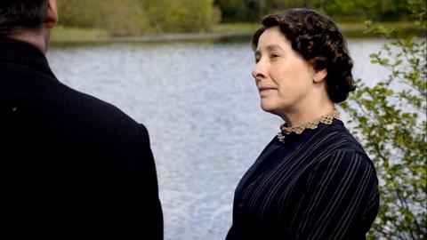 Downton Abbey - Page 4 5401581x03988
