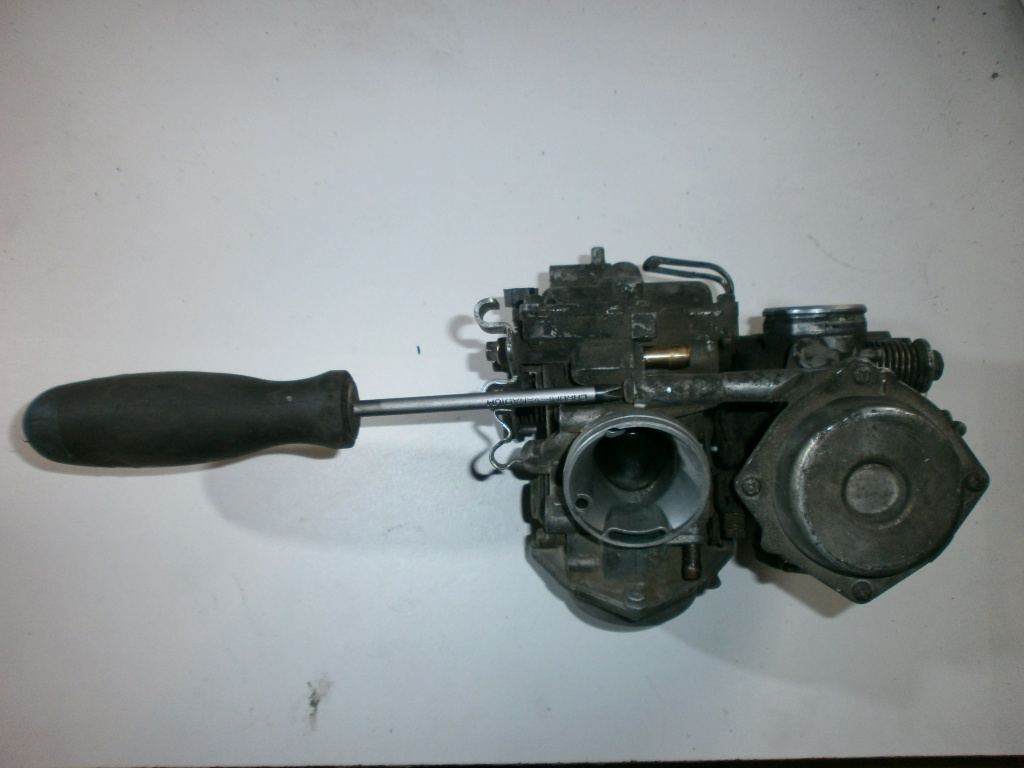 Nettoyage carburateurs de transalp 600 546093P1270007