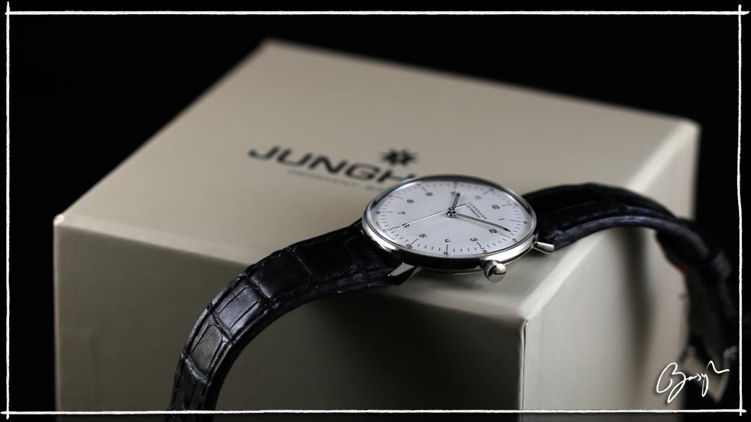 La montre du vendredi 23 décembre 2016 546671junghans12