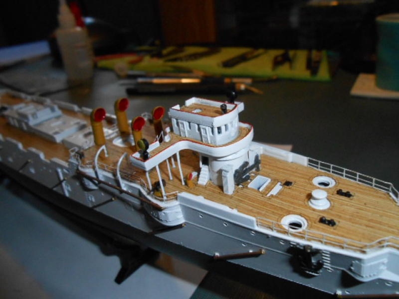 "Croiseur  Russe ""VARYAG"" Zvezda 1/350 pont en bois / PE  547127bat008"