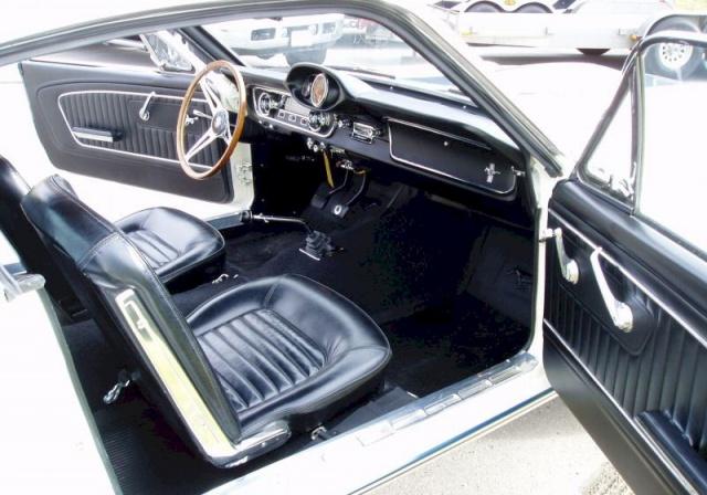 mustang shelby 350 GT 1965  kit monogram 1/24 . 547272interieur350gt19653