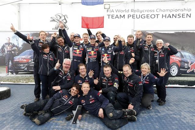 Première course et premier podium pour le Team Peugeot Hansen ! 547989553d2e70638f0