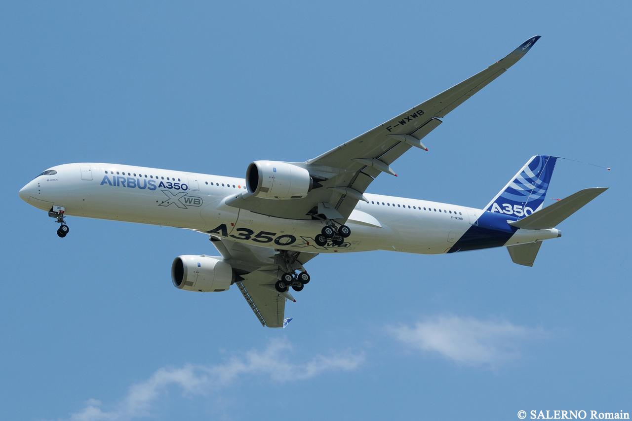 [14/06/2013] Aéroport Toulouse-Blagnac (LFBO): 1er Vol de l'Airbus A350 XWB !!! 548819DSC7570