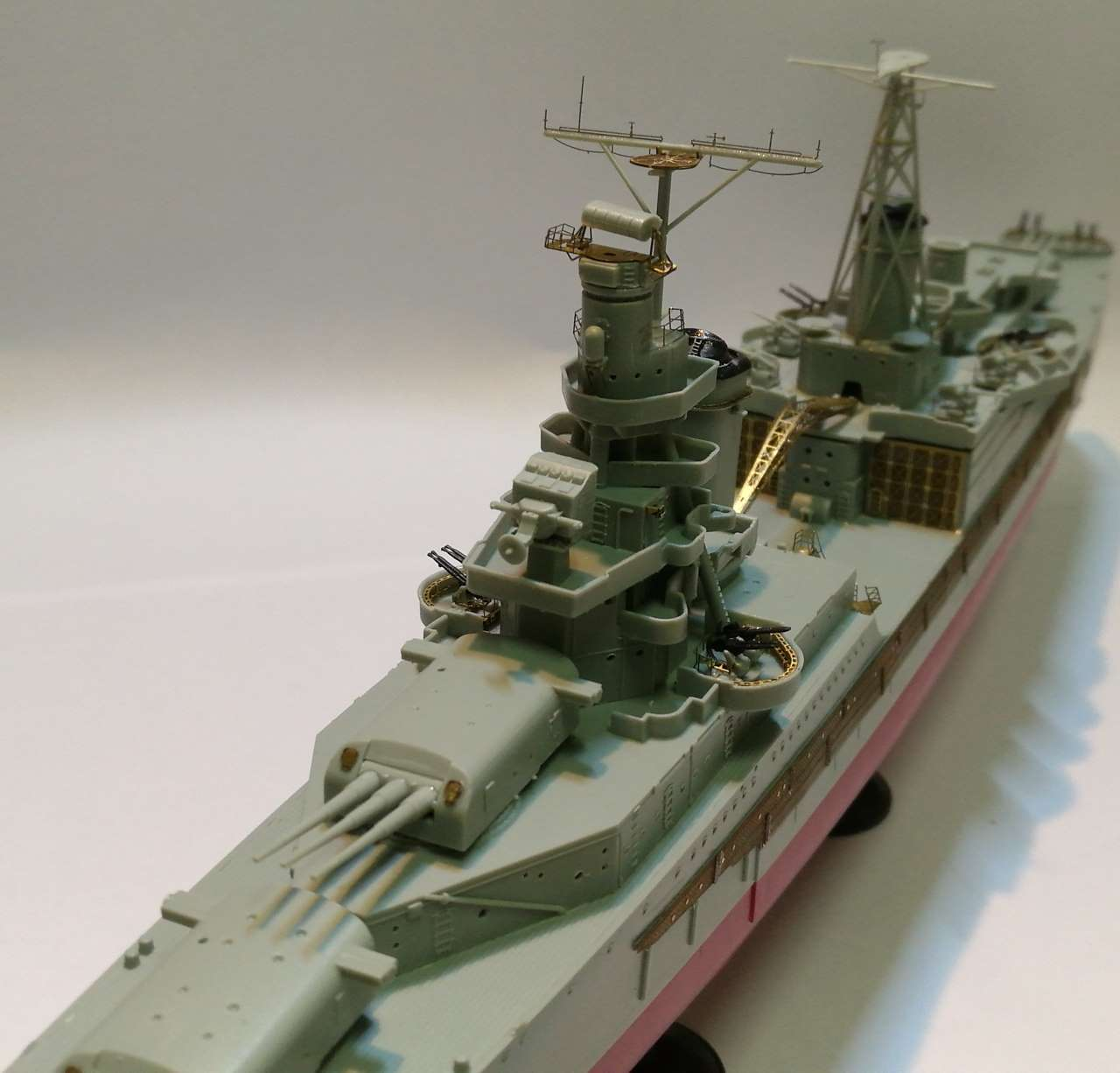 USS Indianapolis 1/350 Academy - 1945 - Page 5 551187Indianapolis82