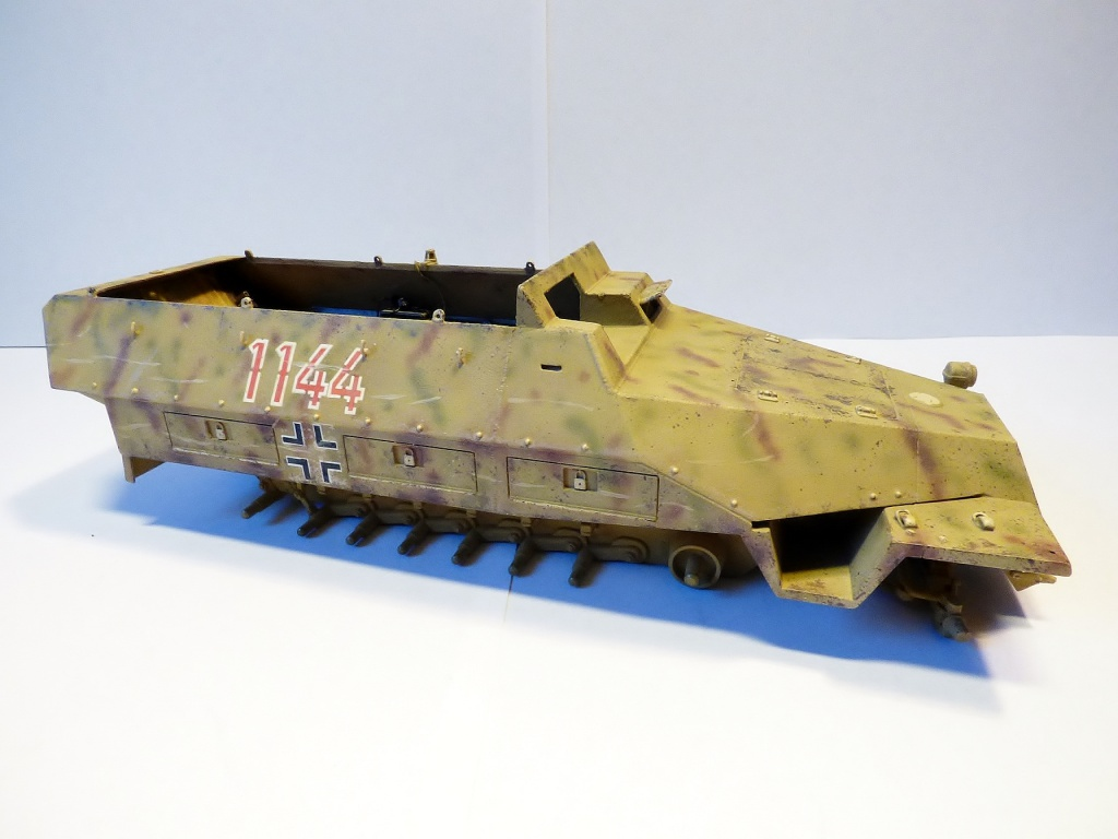 sdkfz - SdkFz 251 / 9  Tamiya / AFV - Page 2 552238P1070134Copier