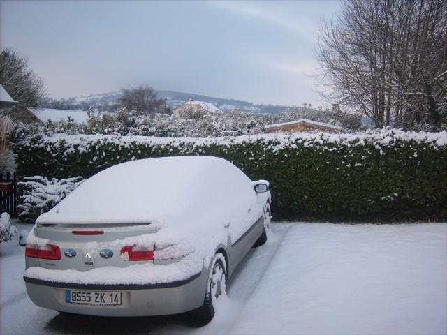 Mercredi 06 janvier 2010 - (Neige à Pont Farcy - 7 à 10 cm) 552521Jan06323