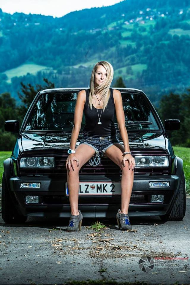 Volkswagen et ses donzelles ... - Page 37 5562451450180584812864887939992443697n