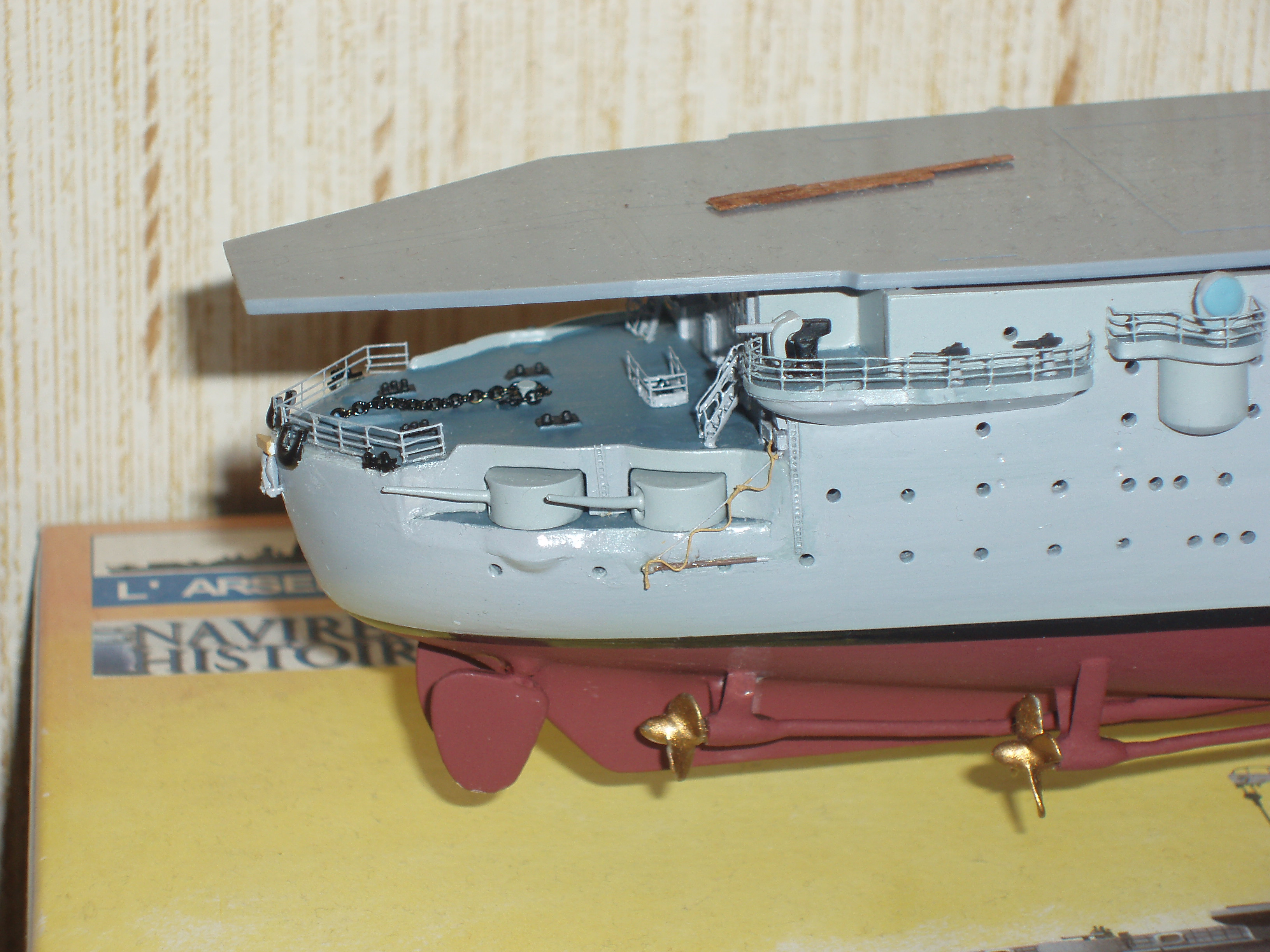 Le porte avions BEARN de l' ARSENAL 556283Photo001