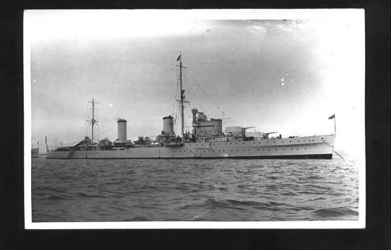 ROYAL NAVY CROISEURS LEGERS CLASSE ARETHUSA 556641HMSGalatea2