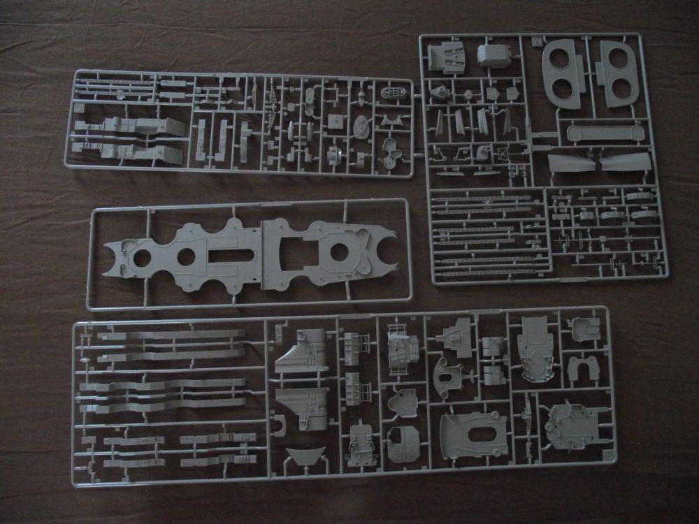 Bismarck Revell au 1/350ème  558475DSCF0999