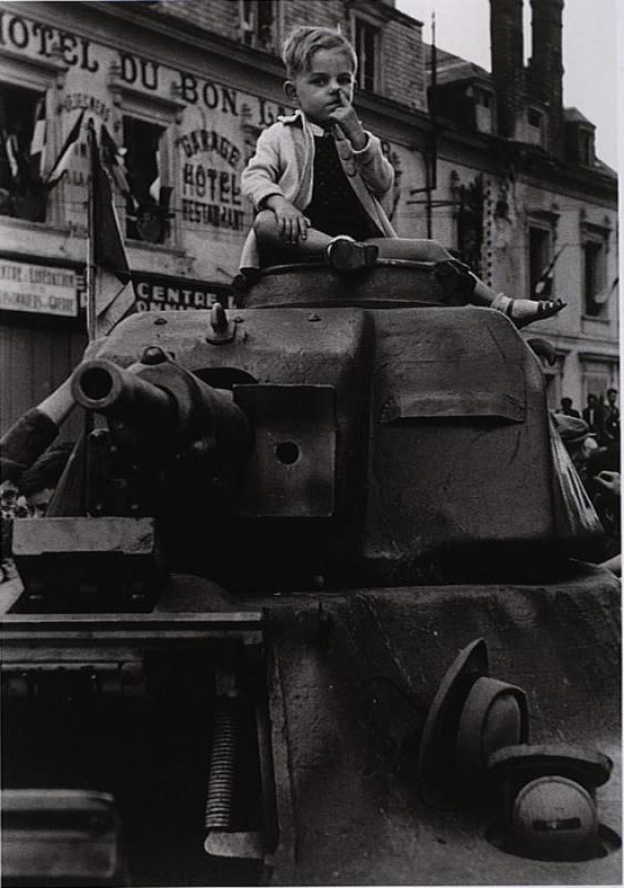 Que faire des canons après la guerre? - Page 2 5590297577936676e6325dc74eo