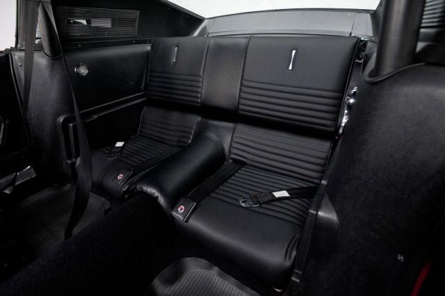 mustang shelby 350 GT 1967  au 1/25 de chez AMT/ERTL  559673interieur14