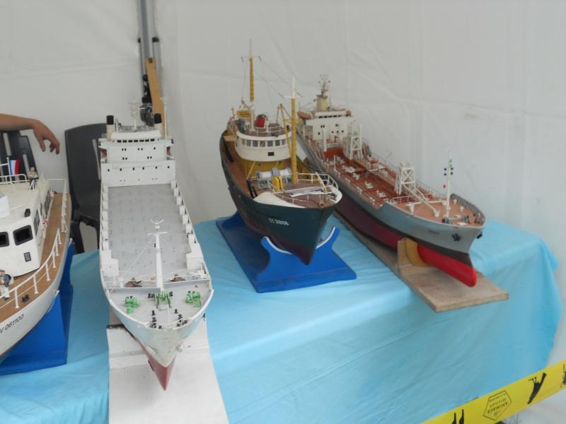démo de maquettes navigantes sur la place Napoléon à la Roche S/Yon le 31 Mai et le 1er Juin 561443DSCN4026