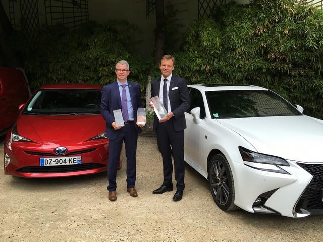 Les Toyota Prius et Lexus GS 300h récompensées aux Prix Auto Environnement MAAF 2016 562740PrixMAAFrecadr