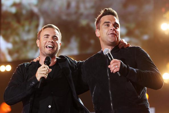 Robbie et Gary au concert Heroes 12-09/2010 563713Gary_Barlow_Heroes_Concert_Show_mMnGCdO15kBl