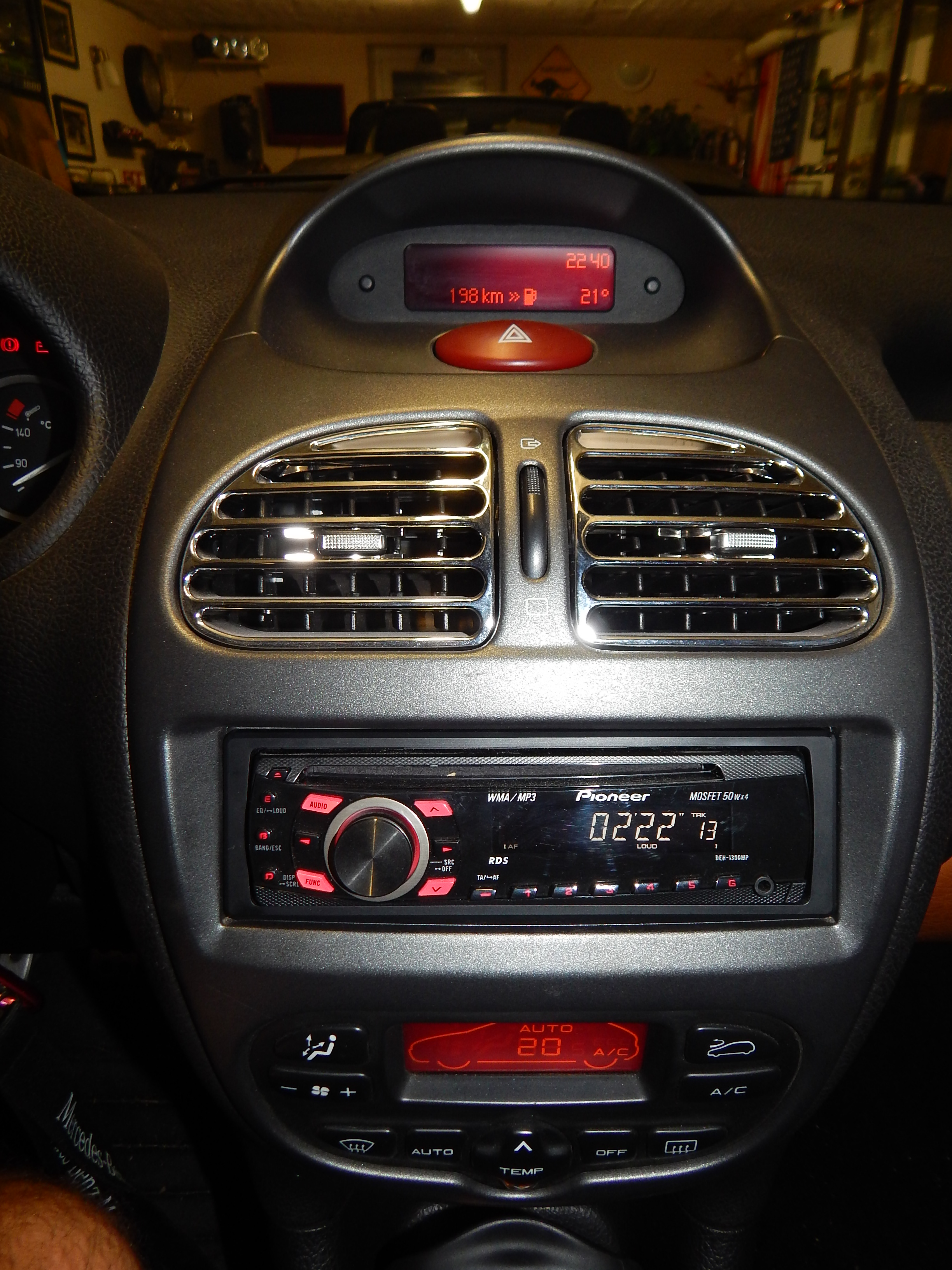 Besoin d'aide pour une installation audio Pioneer 565753DSCN2683