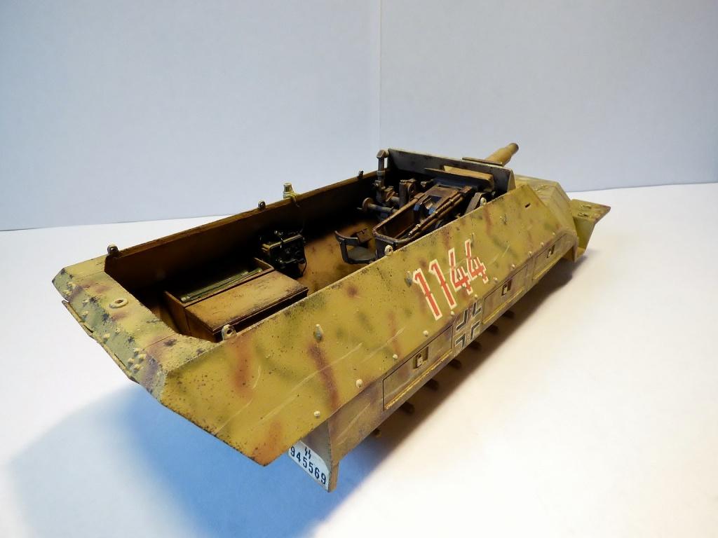 sdkfz - SdkFz 251 / 9  Tamiya / AFV - Page 2 565879P1070155Copier