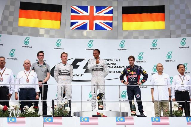 F1 GP de Malaisie 2014 : victoire de Lewis Hamilton 566354GrandPrixMalaysiapodium
