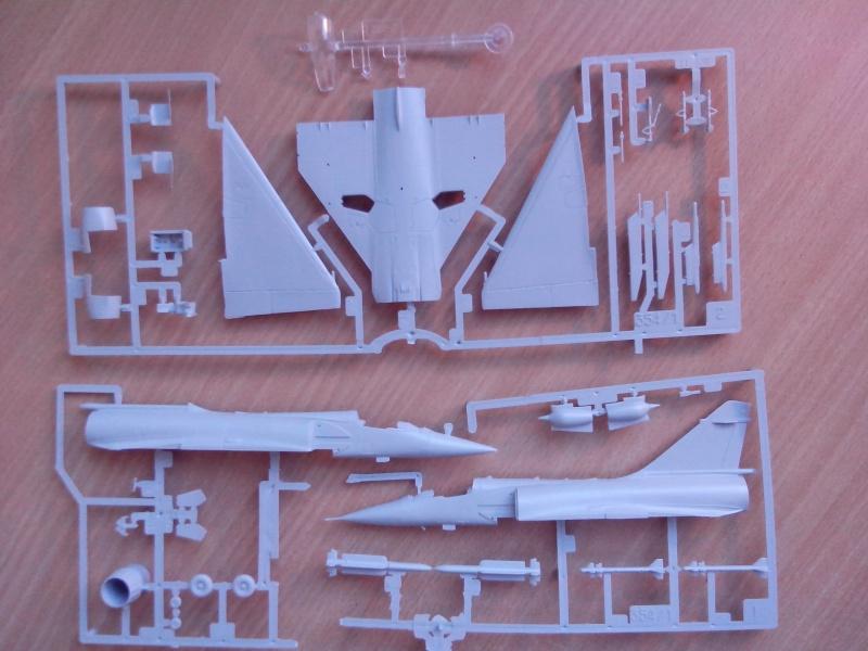 [Heller] Mirage 2000C 568317IMG20130805183205