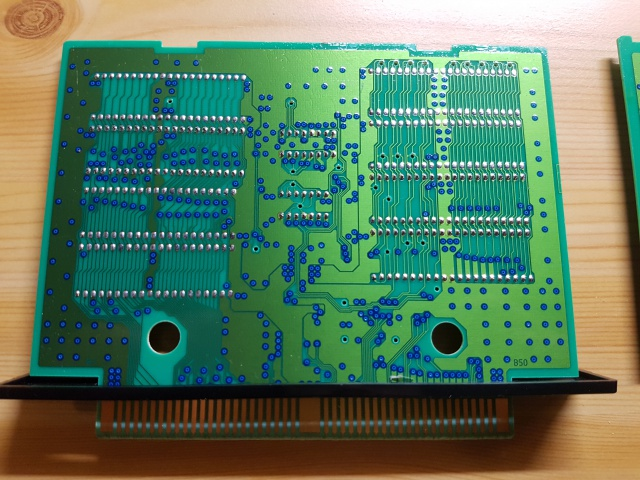 Double Dragon AES : Set étrange de PCBs...? 57072020170929233849