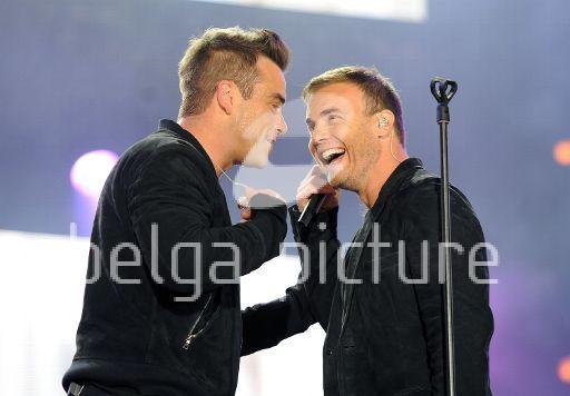 Robbie et Gary au concert Heroes 12-09/2010 57112122295539