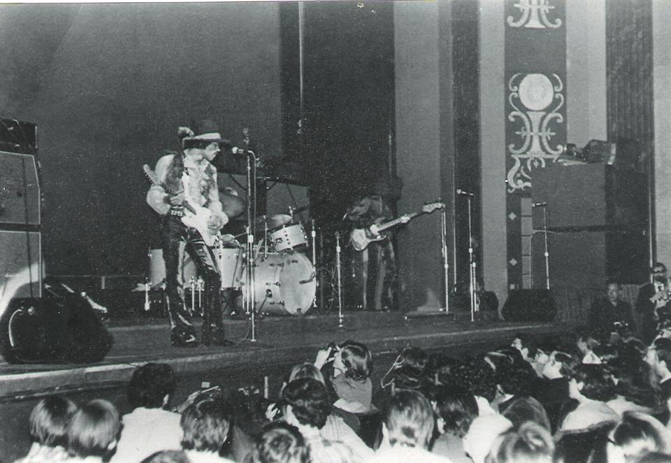 New-York (Fillmore East) : 10 mai 1968 [Premier concert] 5722113882901015037268174675853044175785215231406862048n