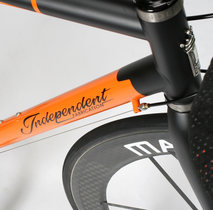 les routes en titane 578585independent_fabrication_factory_light_weight_if_top_seatpost_clamp_downtube