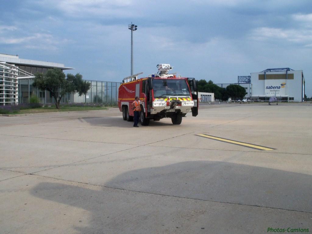 Engins d'aéroports 581327photoscamionaroport2Copier