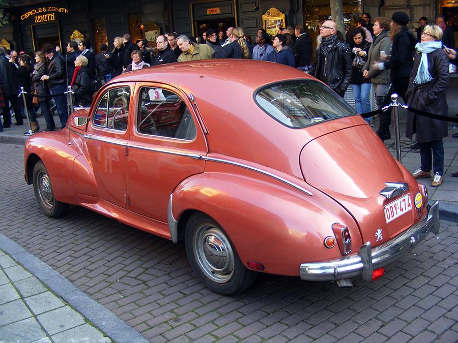 """Bruxelles côté BD  """"Tintin en automobile"""" - Page 2 581610DSCF6265"""