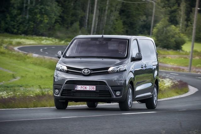 Toyota Annonce Les Prix De La Nouvelle Yaris 5835892016proaceact11