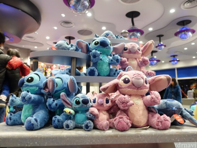 [Tokyo Disneyland] Nouvelle attraction : Stitch Encounter (17 juillet 2015) - Page 2 584388tc3
