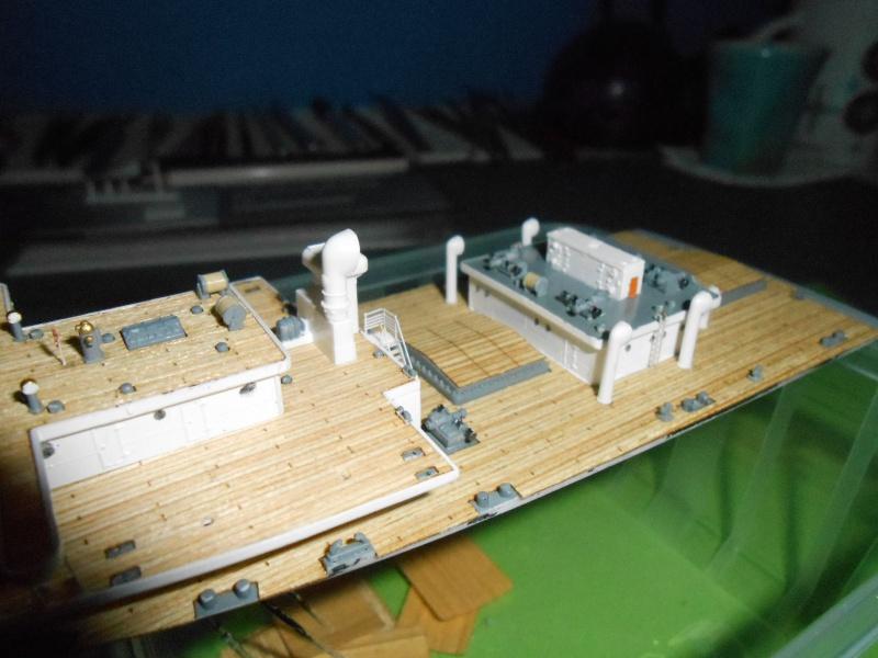 Hikawa Maru hopital 1/350 PE/pont en bois et babioles  - Page 3 586215DSCN5632